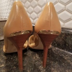 Michael Kors Shoes - Michael Kors Nude Heels